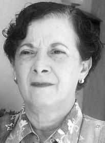Foto de autora Migdalia Pineda de Alcázar